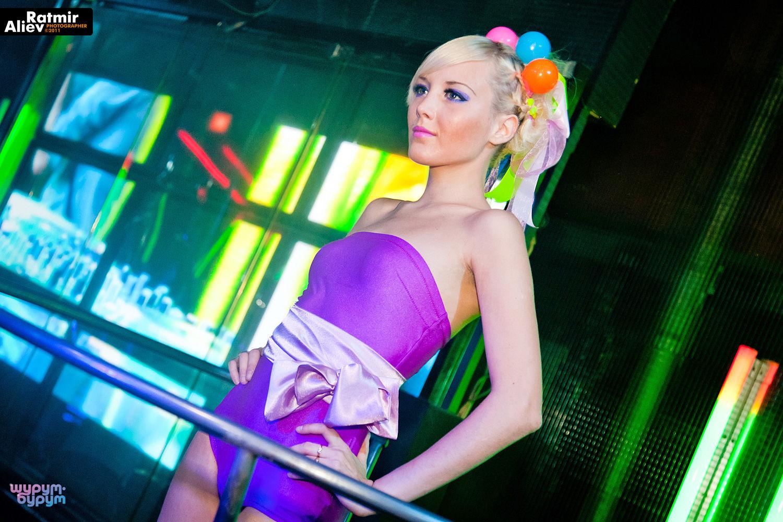 golie-foto-muzhchin-v-striptiz-klube